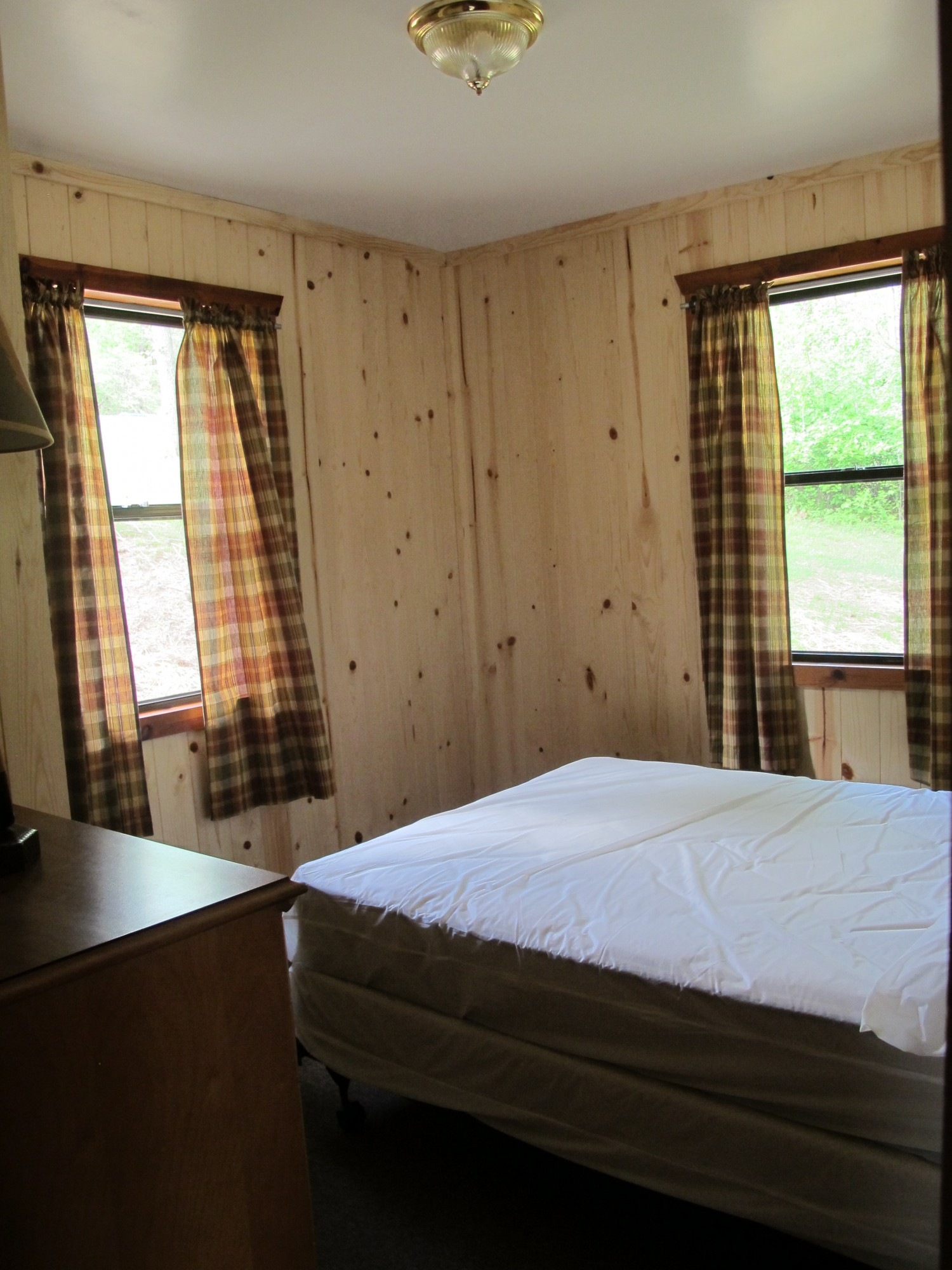 fishing screened cabin park which and fridge green stove trail lake seneca lakes cabins rooms to faces includes porch toilet forest state ohio pin fireplace